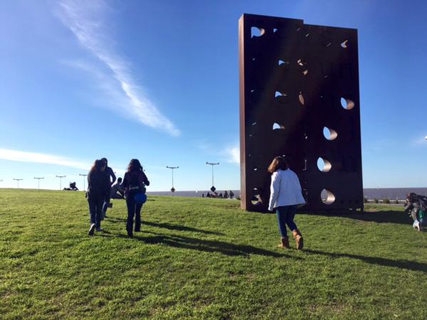 Salida cultural al Parque de la Memoria para familias del Nivel Secundario