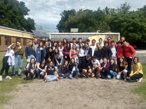 Estadía de los estudiantes IB de quinto año en Verónica